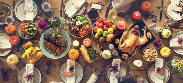 Hosting a Stress-Free Thanksgiving!